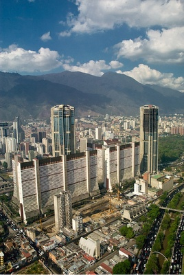 Oh, my hometown, Caracas...