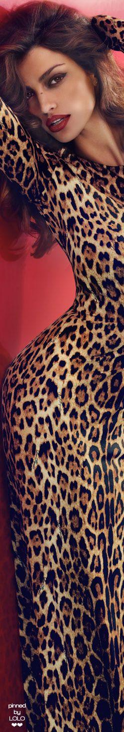 Madalina Ghenea, dramatic pattern, romantic shape of dress
