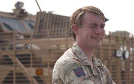 Mulher trans é primeira na linha de frente do exército britânico