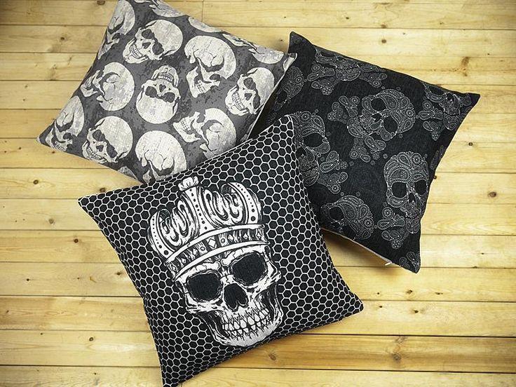 Skull throw pillows  3. 17 Best ideas about Skull Bedroom on Pinterest   Skull decor