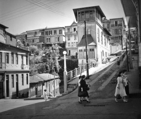 puerto de Valparaíso antiguo , Chile