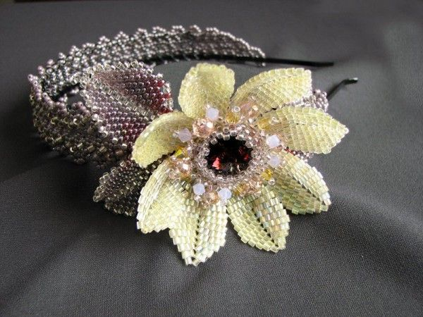http://biser.info/node/368352  beaded headbands