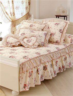 как сшить покрывало на кровать своими