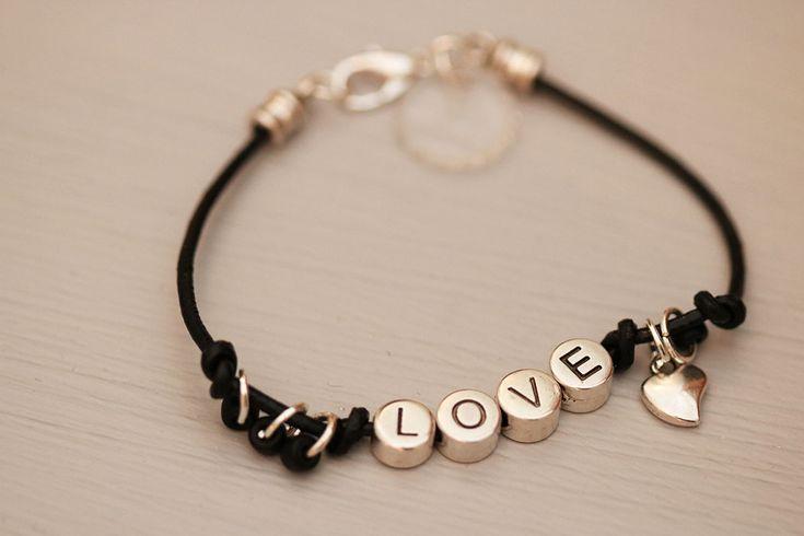 Love bracelet - alla hjärtans dag armband