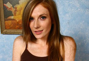 Allison Wyte Nude Photos 23