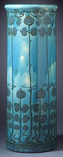 Vase / Della Robbia Pottery (England, 1893 - 1906) / c. 1897. @Deidré Wallace