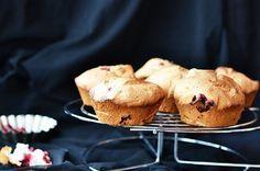 Белковые кексы с клюквой на десерт