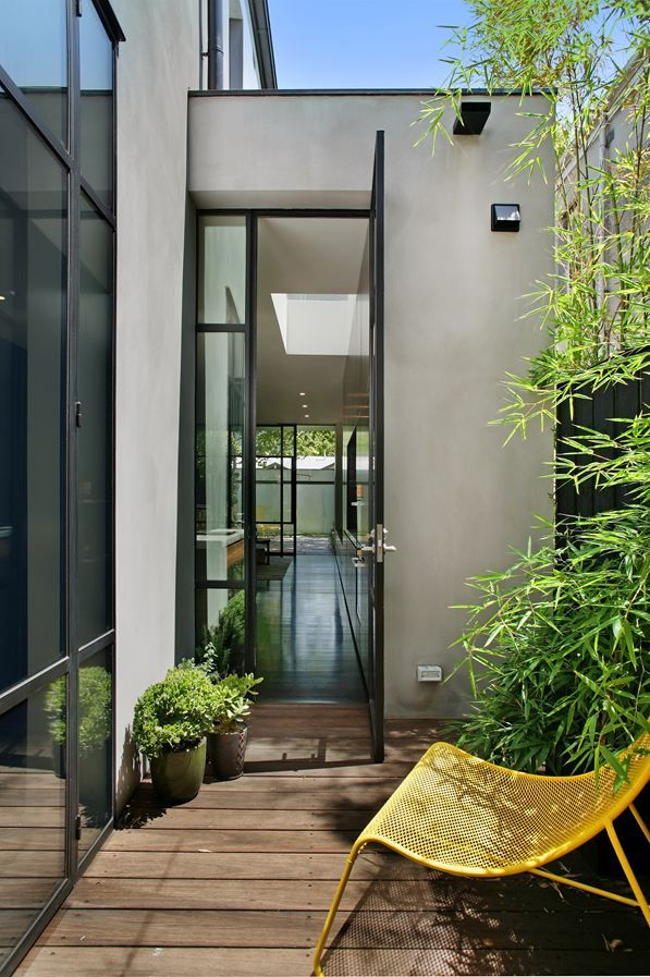 Fitzroy Residence @Victoria Brown Brown Brown, Australia - 2013 by  Carr Architecture