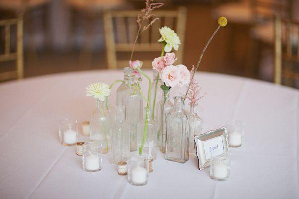 Unique centerpiece: Wedding Centerpieces Florals, Flowers Centerpieces, Weddings Events, Wedding Decor, Simple Centerpieces, Feminine Weddings, Simple Decor, Rustic Wedding Flowers, Wedding Table Centerpieces
