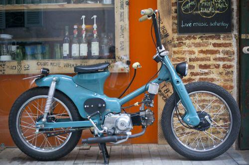 yo, vato! A moped with ape-hanger handlebars. It's fiendish.