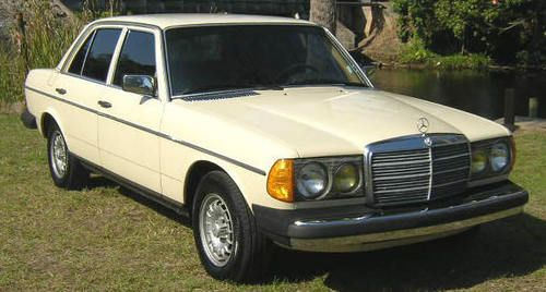 Mercedes Benz 300d 300td Service Manual 1976 1985 Whips