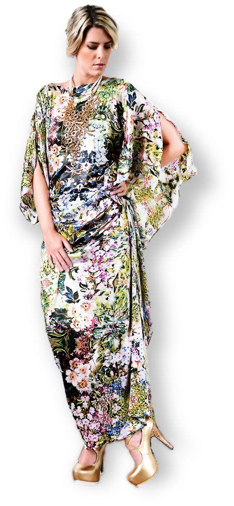 vestido en seda natural, colección Mercedes Angel.
