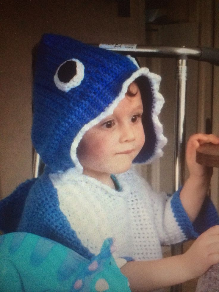 Crochet Shark jumper modelled by William Sausage