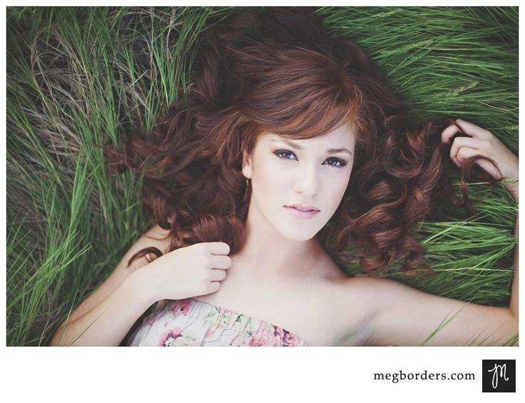 Posing: Senior Girls Photography, Senior Pictures, Hair Colors, Photos Ideas, Senior Portraits Poses, Portraits Ideas, Posing Ideas, Poses Ideas, Photography Inspiration