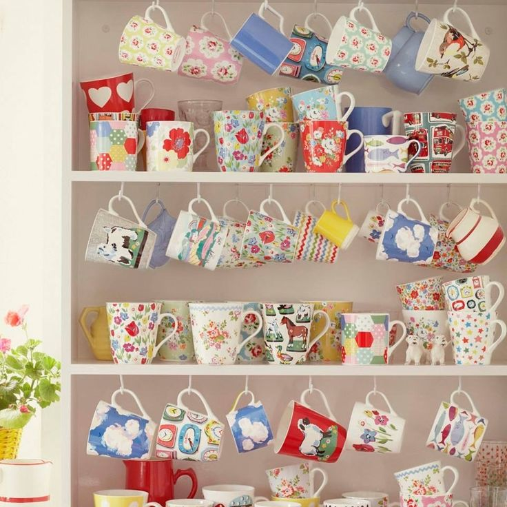 Cheerful mugs-what a great way to start the day!