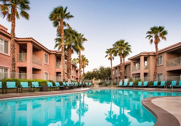 Take advantage of the nice weather in Palm Desert by taking a splash in our outdoor pool, or soak up the sun in a relaxing poolside chair.