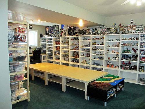 Lego Room 03 - south wall (Star Wars) | Display cases (Star … | Flickr