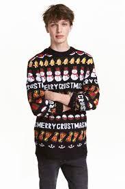 Se acerca la Navidad y seguro que ya estaréis pensando qué ropa podéis poneros si deseáis estar acertados tanto en las fiestas navideñas como en la Nochevieja. En Modaellos queremos que estas fiestas sean las de la alegría, los regalos,la felicidad pero también las del estilo más moderno y acertado, así que os damos a continuación las mejores ideas para la Moda Hombre Navidad 2016.