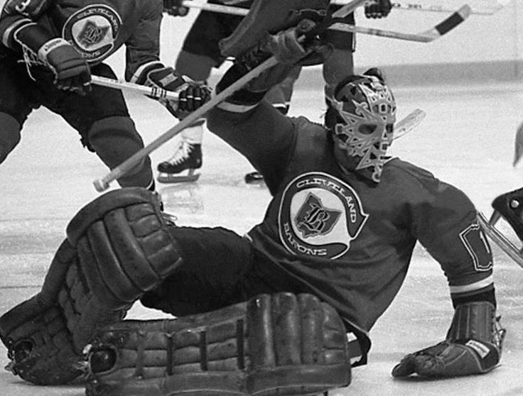 Gary Edwards with the Cleveland Barons, 1976-77.