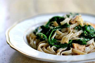 Pasta with Tuna, Arugula, and Hot Pepper ~ Quick, easy, and surprisingly delicious, pasta with wilted arugula or spinach and a sauce made of olive oil, garlic, red pepper flakes and canned tuna. ~ SimplyRecipes.com