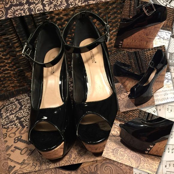 """Shoe Dazzle """"Mulberry"""" Black Wedge Sandal Shoe Dazzle """"Mulberry"""" Black Sandal with Cork  Wedge. 5"""" Heel, 1"""" Platform. Wore perhaps twice. Very comfy with the platform. Shoe Dazzle Shoes Wedges"""