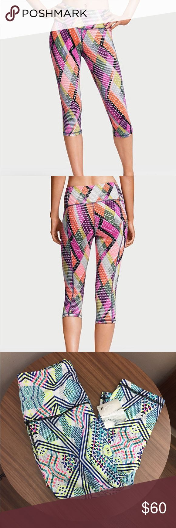 Victoria's Secret Sport Mixed-Media Legging NWT Mixed-Media HIGH RISE sportswear by VSX! ✨smooth seams ✨Form-fitting ✨waistband pocket ✨Body-Wick fabric ✨hidden waistband drawstring                                (I apologize for not being able to find the picture of the true pattern on the website) Victoria's Secret Pants Leggings
