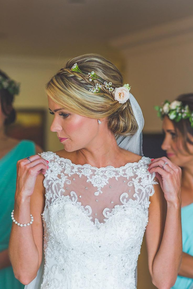 Wedding hair accessories christchurch - Coastal And Bahamas Themed Christchurch Harbour Hotel Wedding