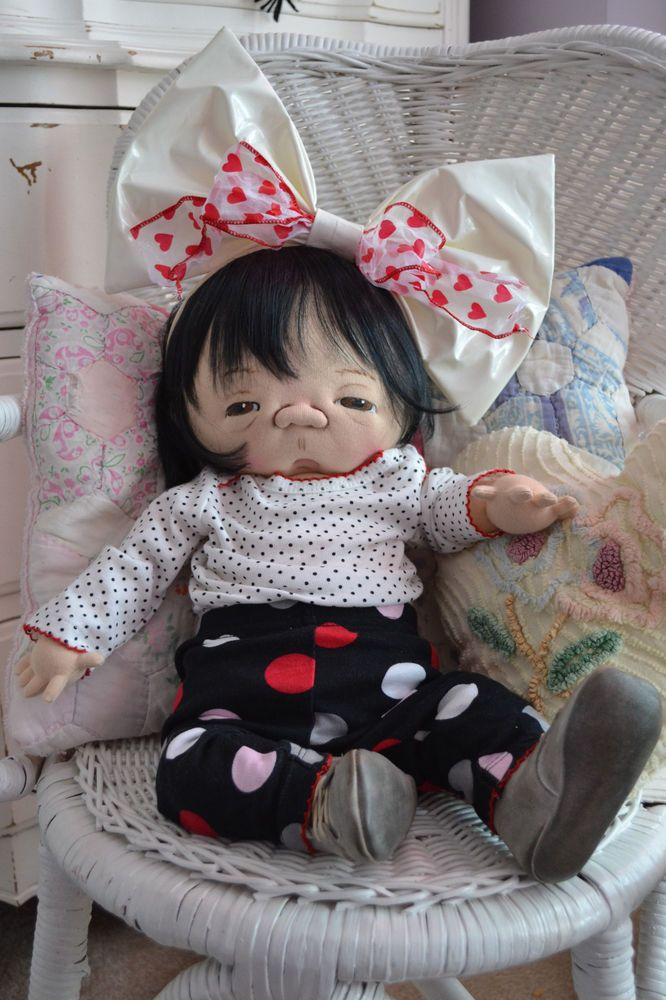 Jan Shackelford OOAK Precious Asian Baby + Bonus outfit~ Awesome!