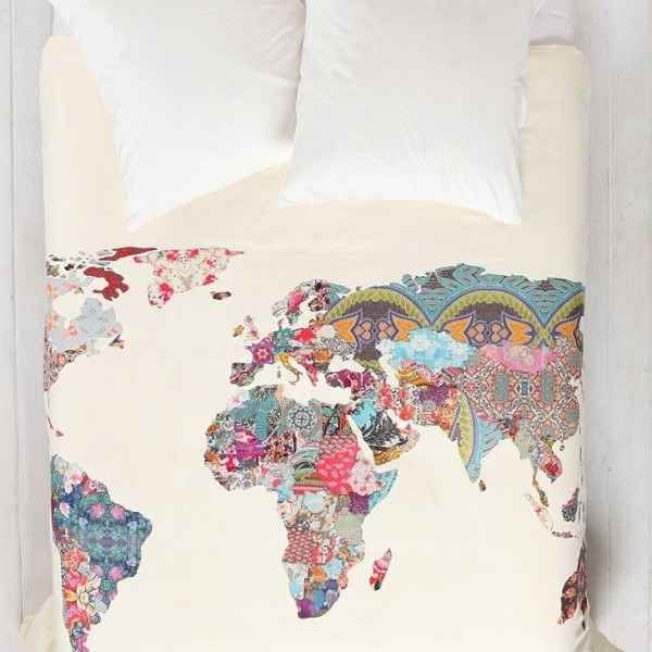 You can also wrap yourself in the world while you sleep.   28 Inspiring Decor Ideas To Satisfy Your Wanderlust