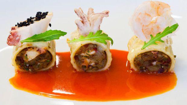 Пакери (октопод, калмари, скариди, сьомга, проволоне, патладжан, чоризо) в ресторант Таланти през седмица на Авторската кухня на Бакхус