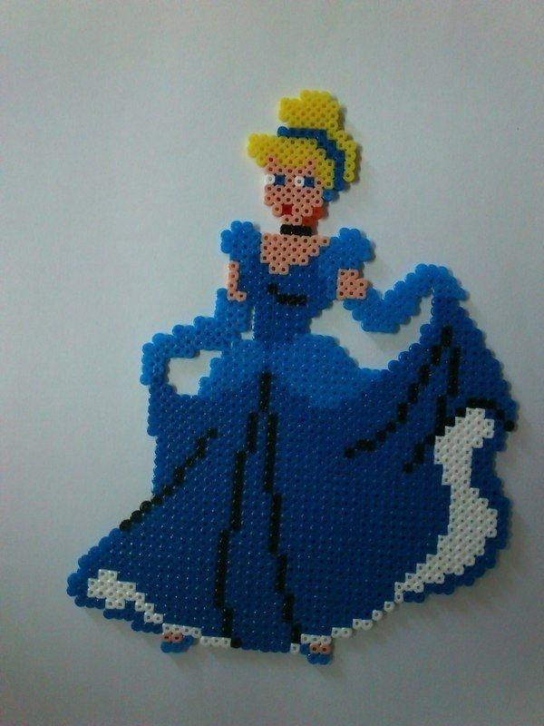 Disney Cinderella hama perler beads                                                                                                                                                                                 Más