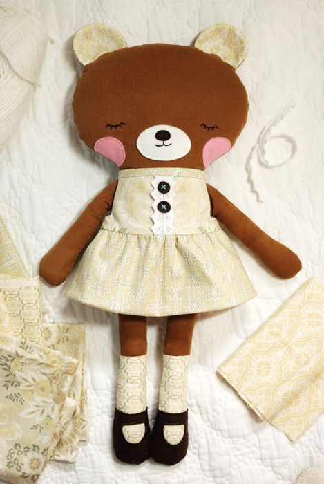 Retro Mama's Ruthie Bear in Juliet by Anna Griffin - Gorgeous! I need to make this for Zoey!