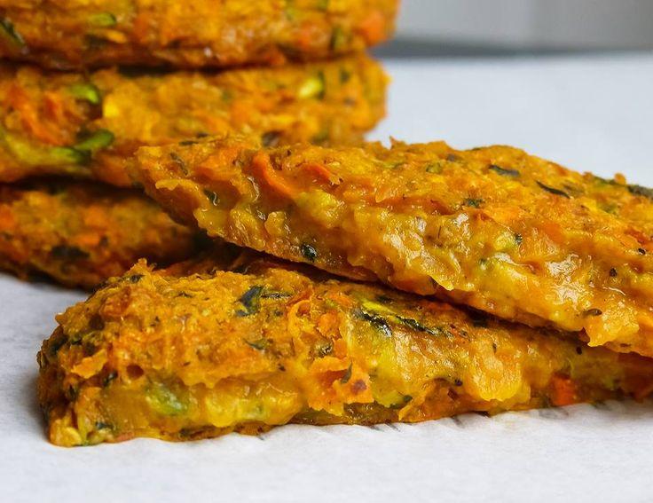 Gebackene Zucchini Süßkartoffel Karotten Puffer