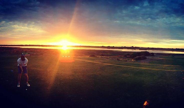 #Repost @mulletcocktail  Sweet arvo for a hit.  #portfairy #golflinks #sunset #destinationportfairy #love3284 by destinationportfairy