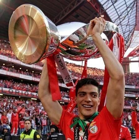 SPORTS And More: @S:Benfica @Mexico Raul Jimenez celebrations at 35...