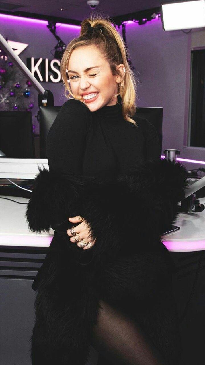 Miley Cyrus New Song Music Malibu Audio Billboard Hannah Mon