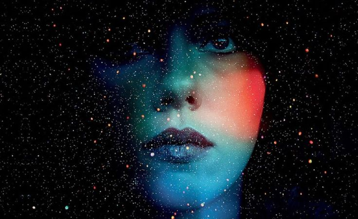 Under the Skin (2013) Movie Review. Get your thinking caps on; Jonathan Glazer's Under the Skin brings a refreshing portrayal to a mass alien invasion unlike your current typical Hollywood blockbuster. With similarities to Invasion of the Body Snatchers and Species, Jonathan Glazer takes a Kubrick style approach to a tale of hidden extraterrestrials secretly living among us. Mixed with masterful cinematography, an eerie soundtrack and a 1970's documentary feel, this artistic picture may not…