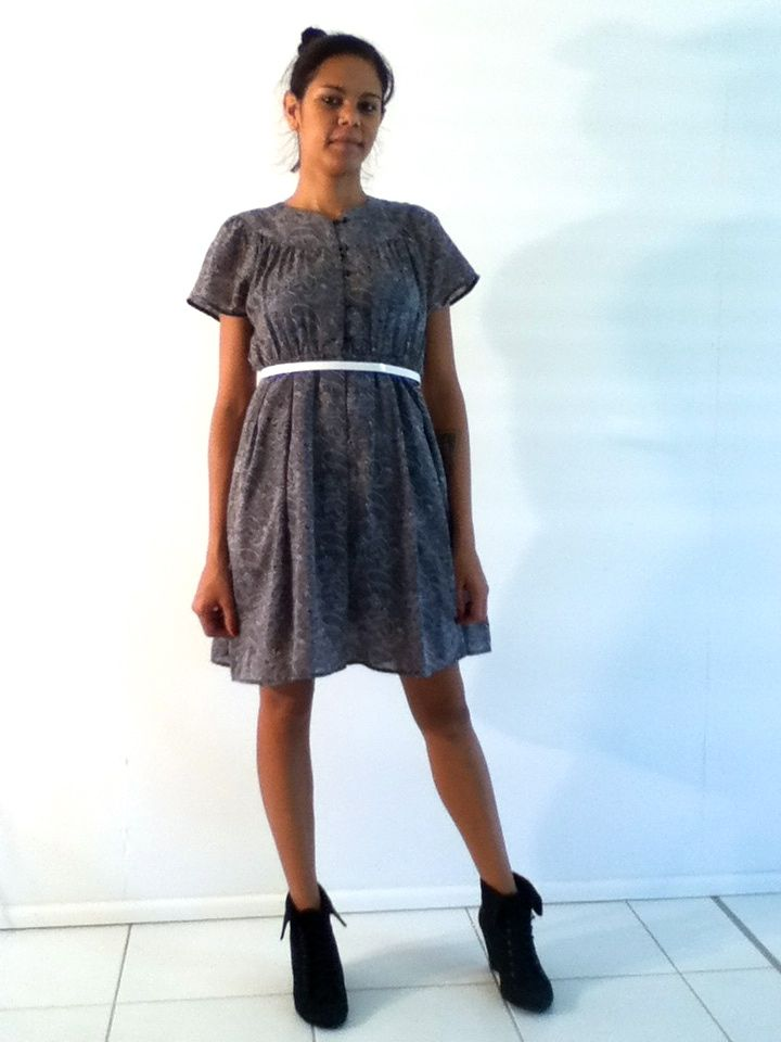 XS-S / AU 8-10 $30 L: 86cm B: 78cm W: 74cm elastic   Black and white paisley print on this Japanese Vintage dress. It has buttons from the neckline to the waist. It has an elastic waist. Silky skirt underlay. .