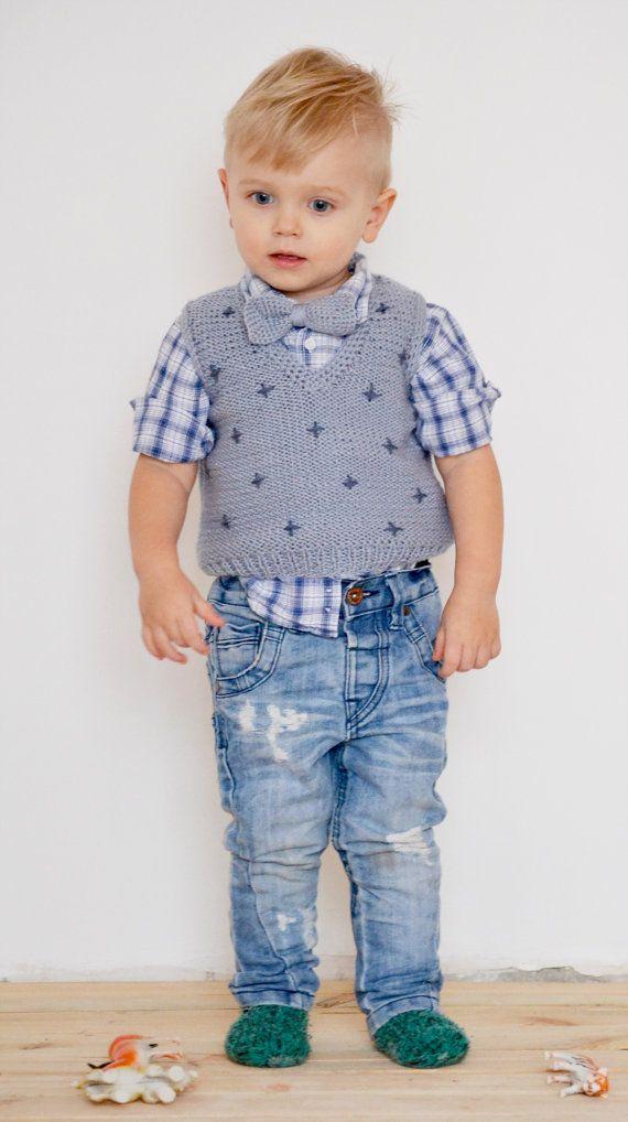 Knitted toddler vest with bow tie // Grey vest, knitted waistcoat, knitted vest, bow tie, kids vest, 2-3 years, winter vest, onward onward