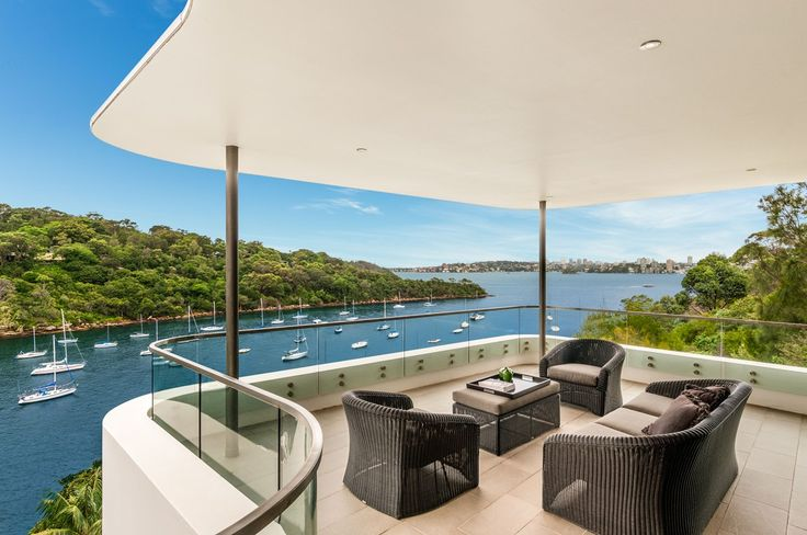 Moman Mansion, a Luxico Holiday Home in Mosman, Sydney is perfect for friends and family to relax. This most prestigious Mosman property has the enviable lifestyle you have been waiting for! - Book it here: http://luxico.com.au/Mosman-Mansion.html
