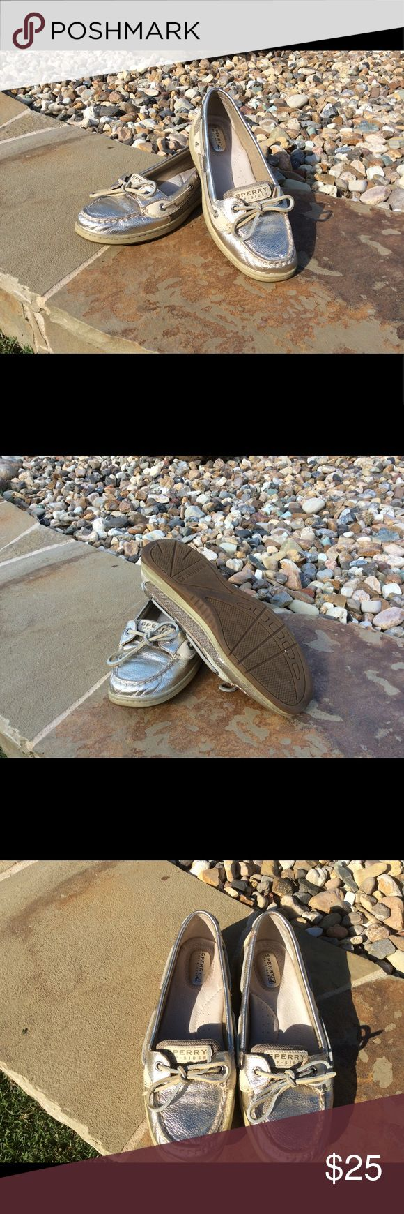 Sperry Angelfish gold metallic boat shoes Gently worn gold metallic boat shoes Sperry Top-Sider Shoes
