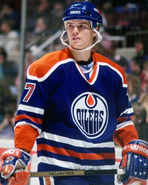 BOSTON MA 1990's Jason Arnott of the Edmonton Oilers wait on face off action against the Boston Bruins at the Fleet Center in Boston