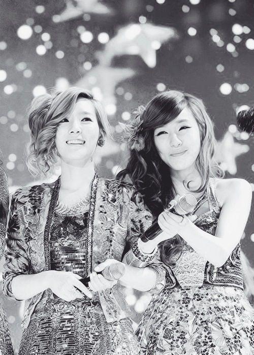 Các cặp đôi Nữ - Nữ đình đám nhất Kpop