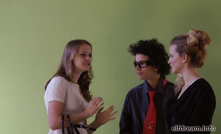 elfdream.info - from the movie - The Last Job - Michaela Vlachova (left) - Matej pour (middle) - Katka Rekova (right)