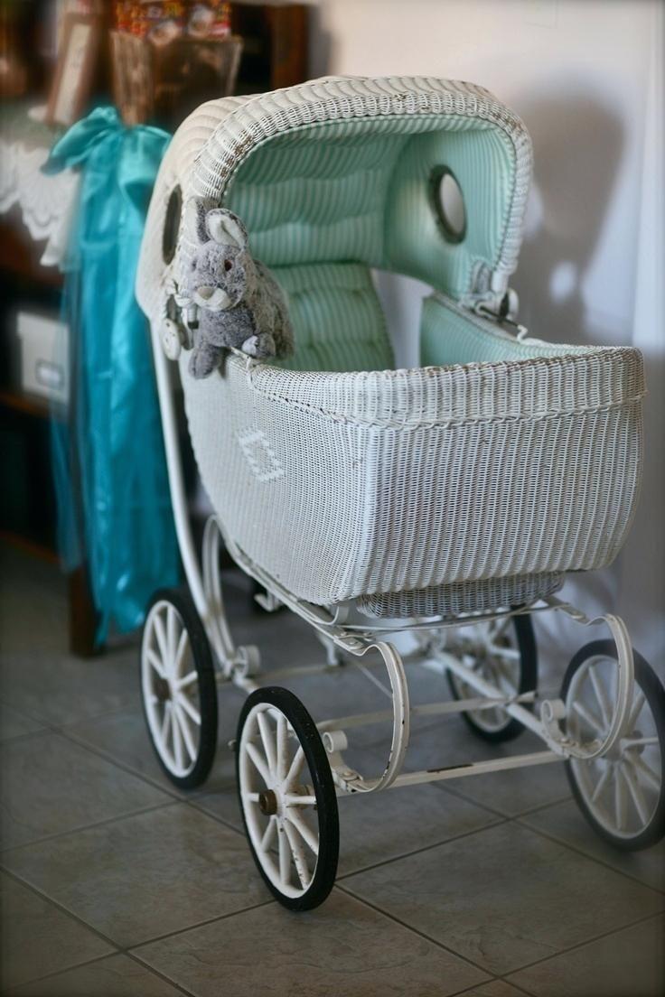 Mima Kinderwagen Vintage Dusche Danken Ihnen Zoeys Haus Sendung In Slo Fur Die Kreditvergabe Orbit Stokke Kinderwage Baby Carriage Vintage Pram Baby Strollers