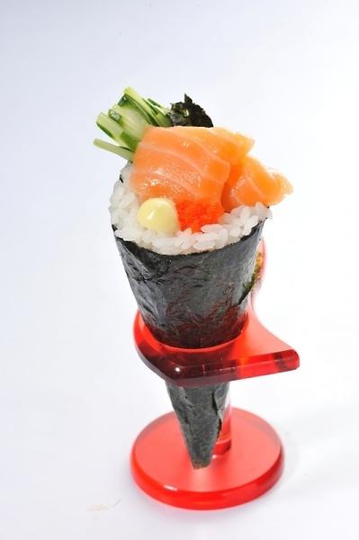 Salmon Temaki - Sushi King