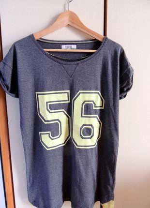 Kup mój przedmiot na #vintedpl http://www.vinted.pl/damska-odziez/koszulki-z-krotkim-rekawem-t-shirty/9271295-luzna-koszulka-z-numerem-wstawki-z-siateczki-rozmiar-xs-house-stan-idealny-wymiary-w-opisie