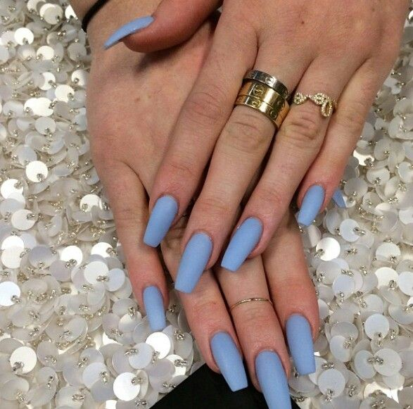 Kylie Jenner Jewelry And Nail Polish Nails Pinterest Jenners Kylie Jenner And Polish