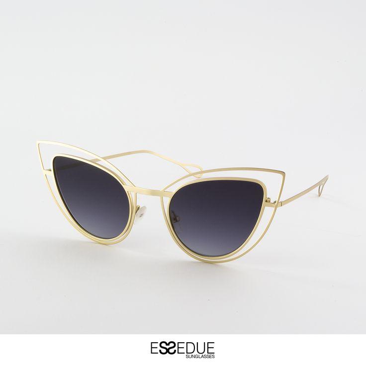 #cateye #occhialidasole #essedue #esseduesunglasses #gold #sunglasses #lunettes