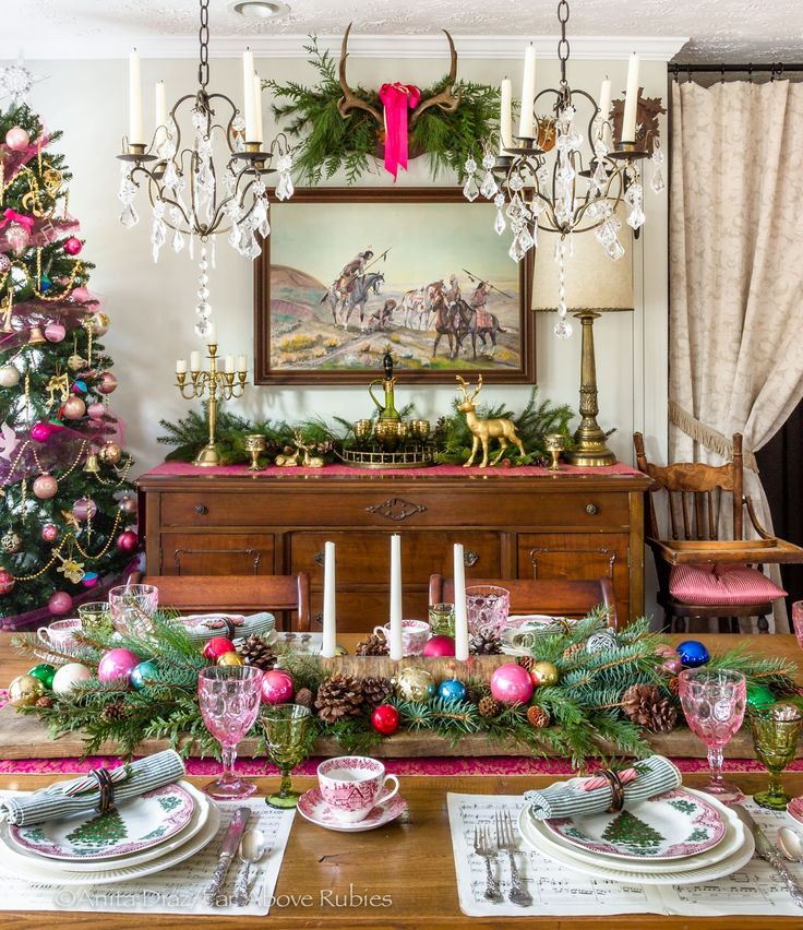Far Above Rubies: Christmas dining room and kitchen pics that didn't make the magazine